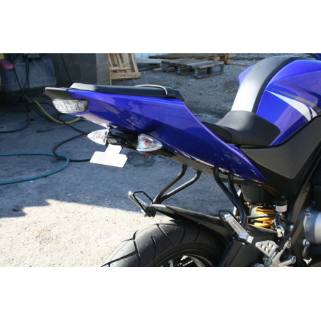 Yamaha YZF125R specific License plate support - 1