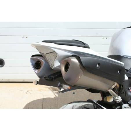 Yamaha R1 specific License plate support - 1