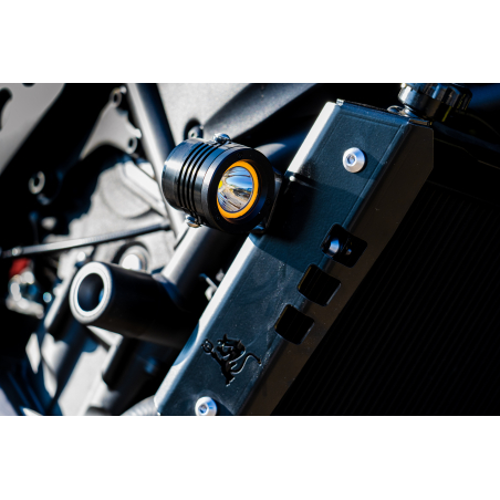 LED HEADLIGHT WITH INTEGRATED TURN SIGNAL - DB6 - 3